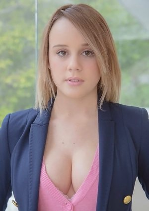 Young Perky Tits Pictures